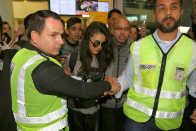 Нина в аэропорту Сан-Паулу [30 ноября]