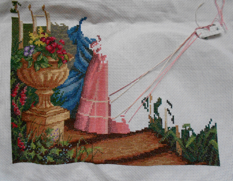 Вышивка девушка в саду panna 12