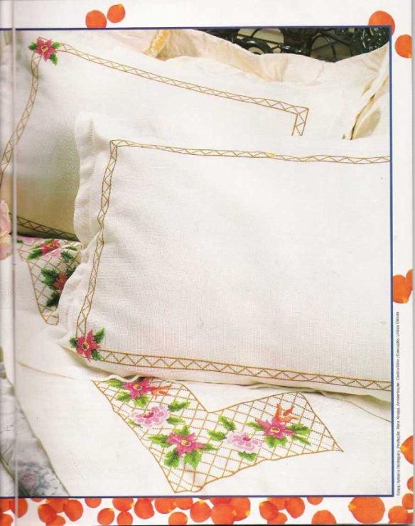 Вышивка на постельном белье схема 885